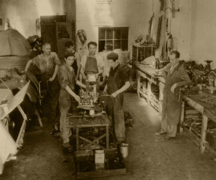 Műhely az ötvenes években